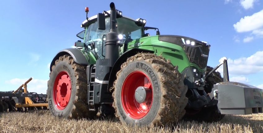 Farm Tractor Transmission : Suitable oil for fendt tractor w engine