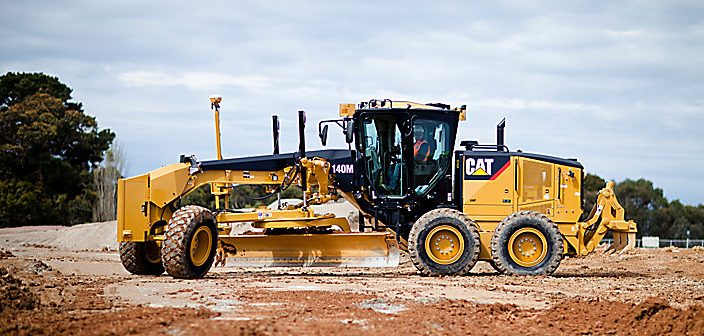 Suitable Oils For Caterpillar Road Grader: Hydraulic CAT 10w – 15w